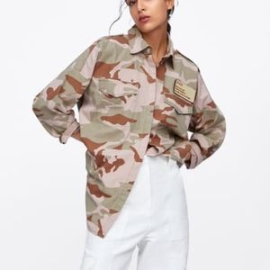 ZARA WOMEN'S CAMOUFLAGE OVER-SHIRT WITH POCKETS